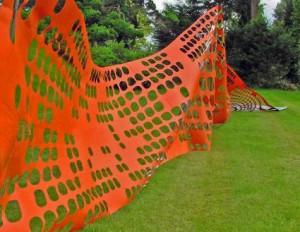 Stream. 2010 Graham Guy-Robinson Graham Guy-Robinson, Temporary fence sculpture.